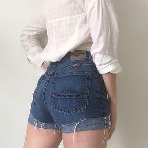 Wrangler • Vintage High Waist Cut-Off Shorts
